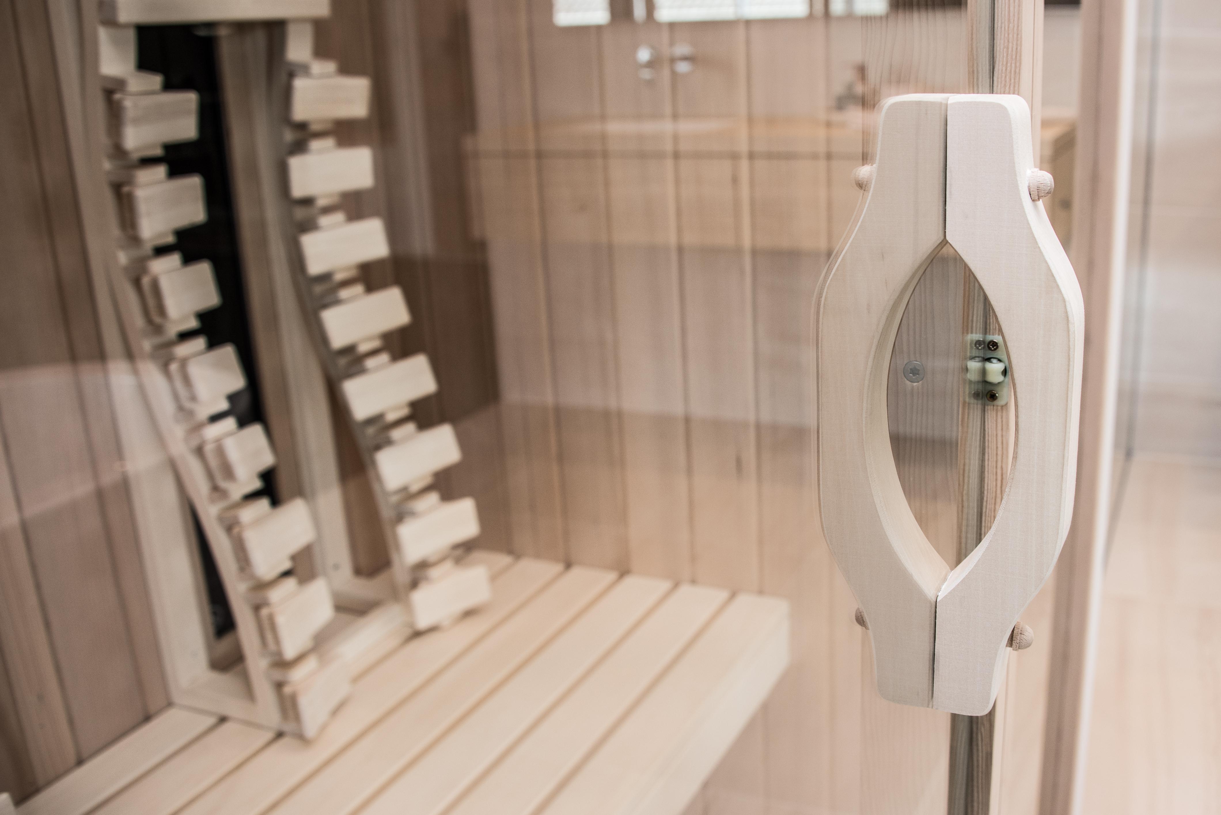 sauna infrarouge dans salle de bains